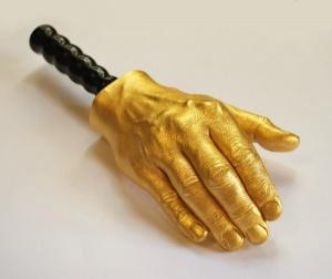 Handskulptur - moderne Kunst in Wien kaufen